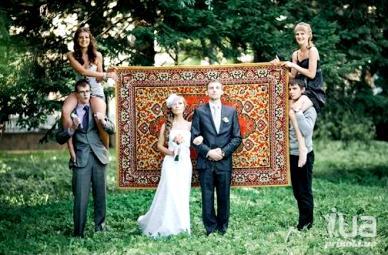 еще одно прикольное свадебное фото с сайта i.ua