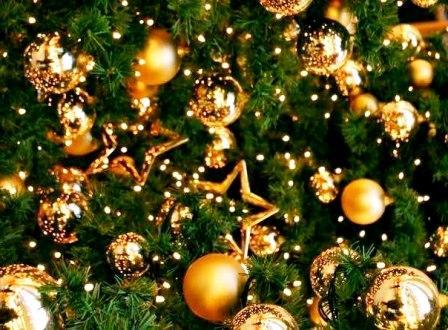 елка и шары - шуточные пожелания на Новый год