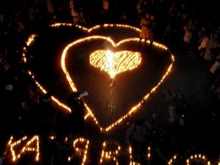 """В День Святого Валентина своими руками - акция """"Пылающие сердца"""" и приглашение замуж."""