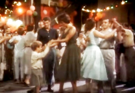 Танцует Софи Лорен. Название фильма - не знаю.